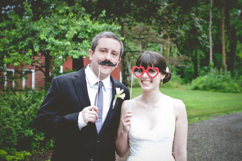 свадебные фотографии с реквизитом