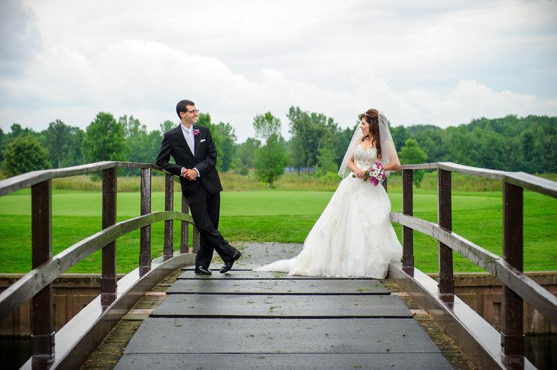 свадебное фото на мосту